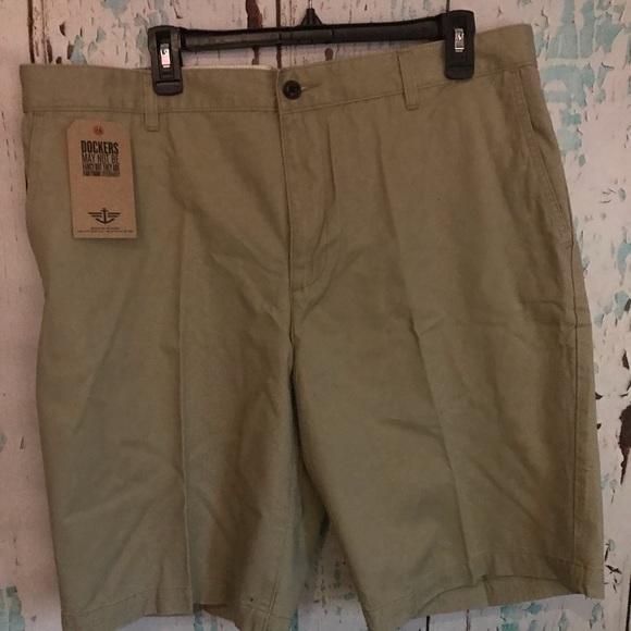 dockers Other - Men's tan shorts